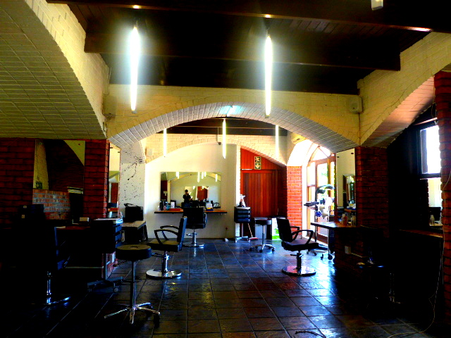 HairSalon_02.jpg