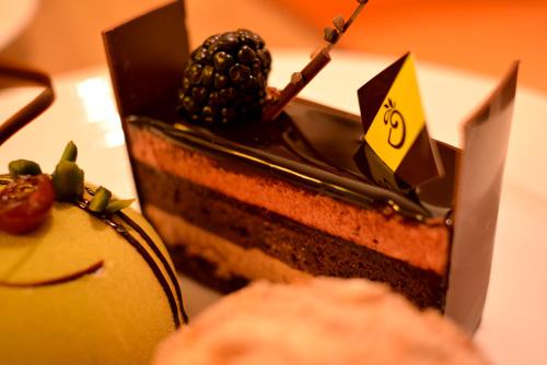 【ケーキ】デリーモ「カシスショコラ」01
