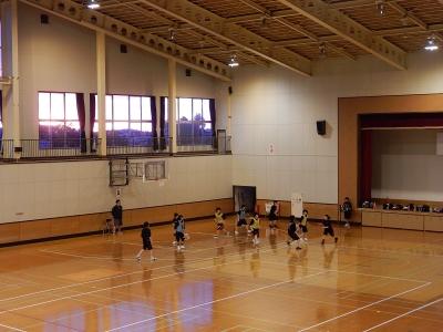 八中バスケ練習 005