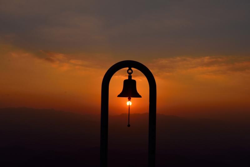 天空の鐘 (3)