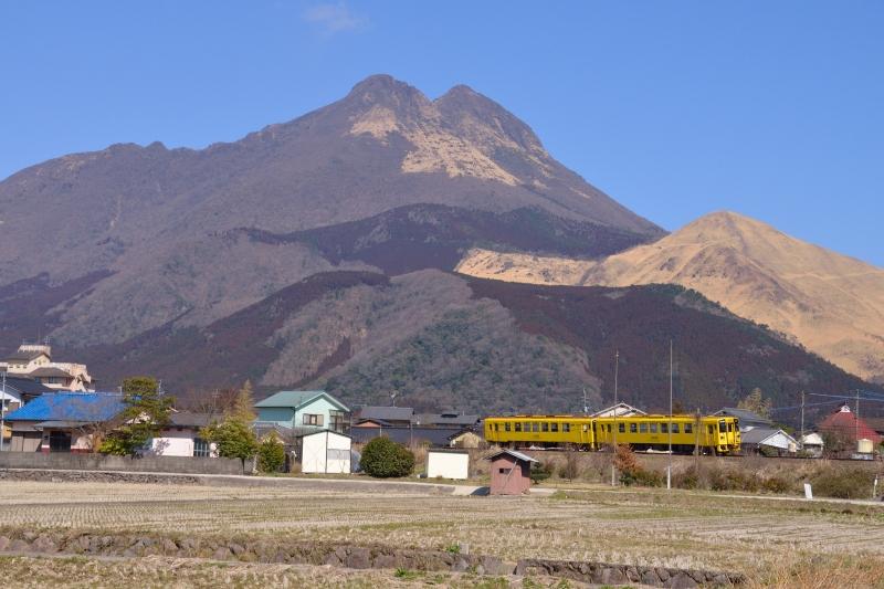 由布岳と列車 (3)
