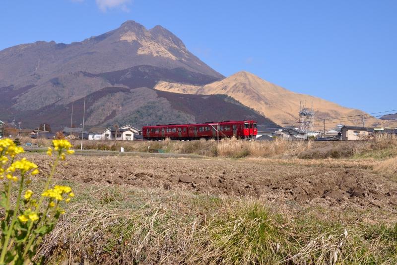 由布岳と列車 (2)