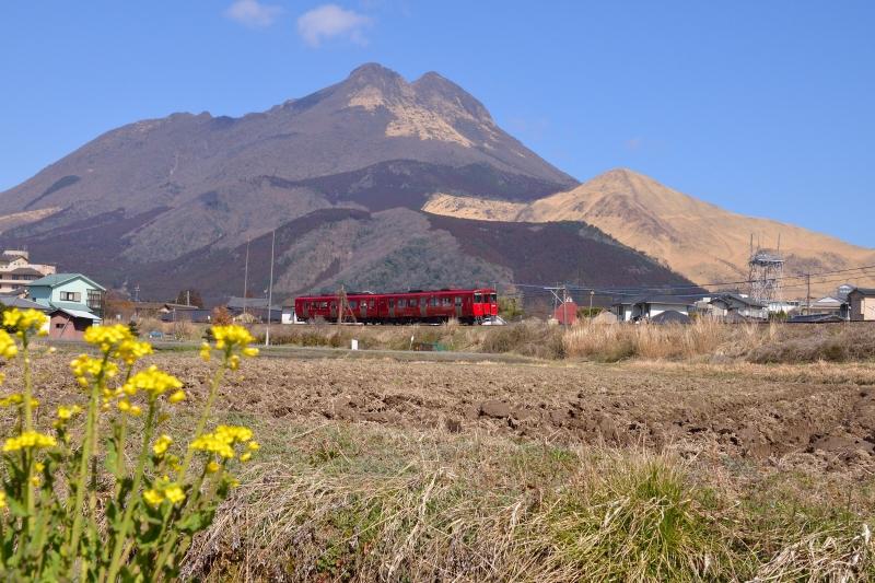 由布岳と列車 (1)