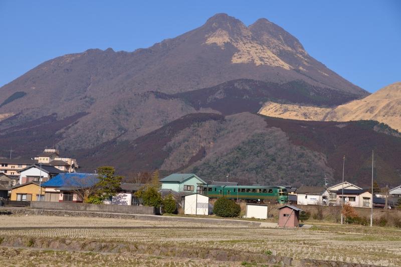 由布岳と列車 (10)