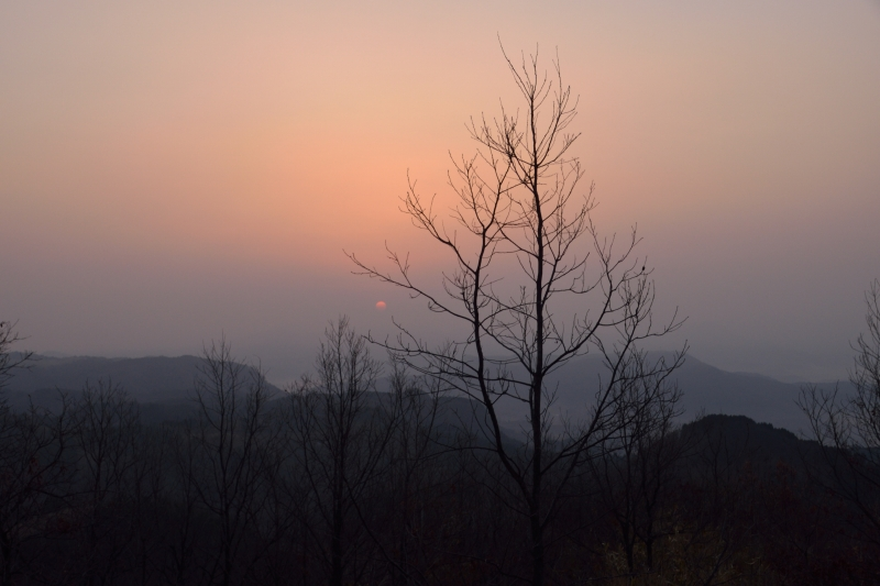 月出山の夜明け (4)