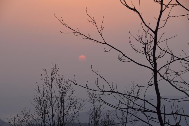 月出山の夜明け (3)