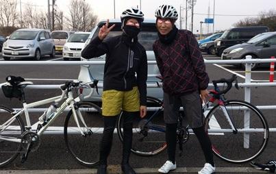 モリコロ入口のステキな女性サイクリスト