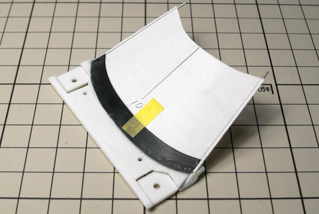 4525 型紙とAピラー工作 640×430