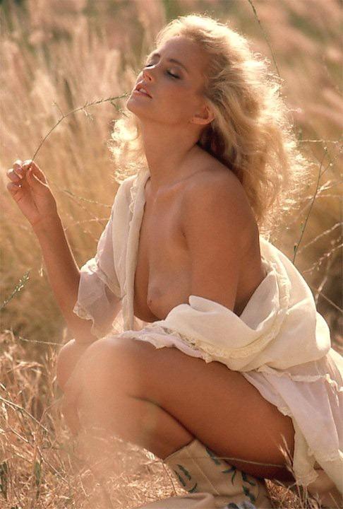 【エロ画像;世界の快道でイク!;ドイツ(Germany)編】美しきキミとアウトバーンの風を感じて・・