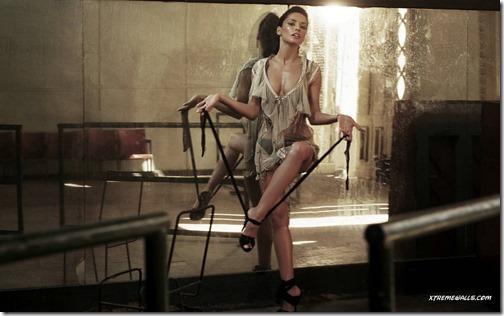 【エロ画像・世界の快道でイク!】【チリ編】レオノア・ヴァレラのセクシー画像。2つの『さけ』が有名な遠くて近い国Leonor Varela17