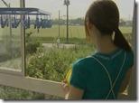 【夫婦生活妻の秘めごとエロ動画】夫が野球観戦している隙に、妻は不倫相手と野外で青姦。『青姦サイコー♪』01