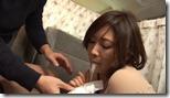 【夫婦生活妻の秘めごとエロ動画】浮気経験ありのセレブ妻。ロケ車内で潮ふき、ノリノリで精飲12