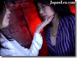 【SMレズエロ動画】パイパン牝奴隷、カラダに彫られたタトゥーが淫乱の証『姐さん・・おかしくなっちゃいます・・』01