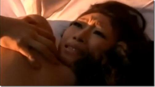 【夫婦生活妻の秘めごとエロ動画】自分だけのモノにしたくなる森の中の不倫愛(小早川怜子)