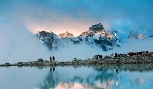 チベットの山