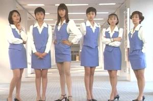 ショムニでの戸田恵子(右端)