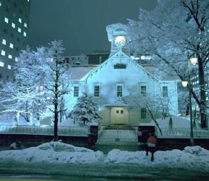 冬の札幌時計台