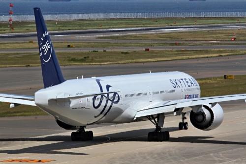 大韓航空 777-300 スカイチーム塗装 2