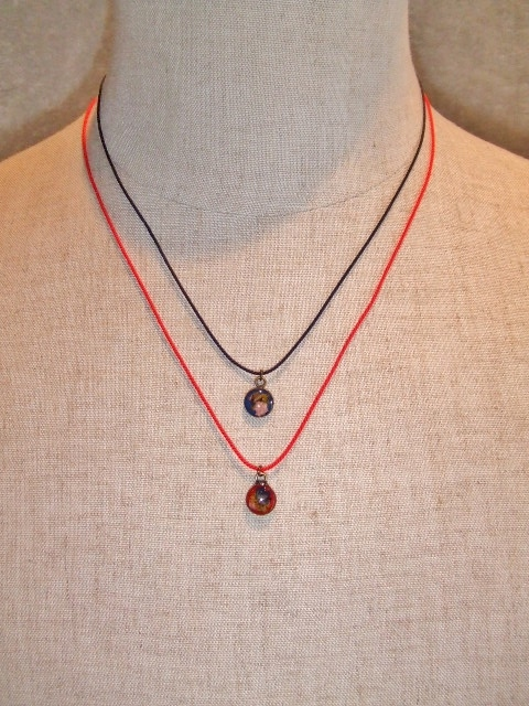 rehacer Fliwer Cord Necklace1