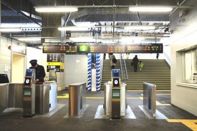 JR富山駅仮設の在来線正面口