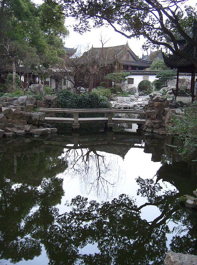 水面の鏡面反射