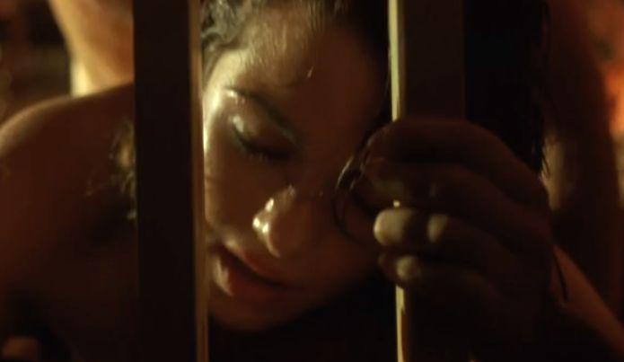 レイチェル・ワイズ バックから突かれて快感に身を委ねて感じる濡れ場