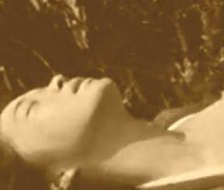 【田中美佐子】うっとりした表情を見せる濡れ場