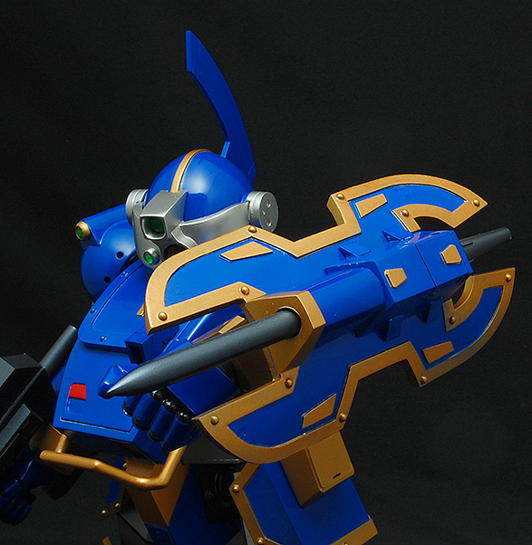 t13_dio_blueknight_02.jpg