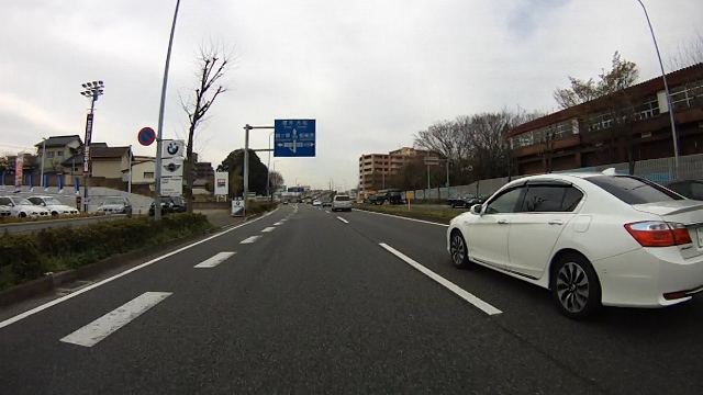 早戸川見神滝ツー02 (640x360)