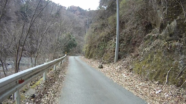 早戸川見神滝ツー27 (640x360)