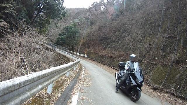 早戸川見神滝ツー33 (640x360)