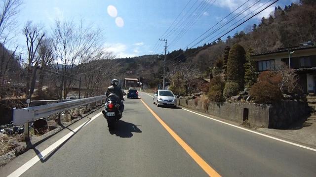 早戸川見神滝ツー65 (640x358)