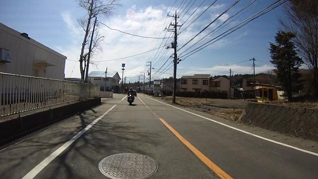 早戸川見神滝ツー71 (640x360)