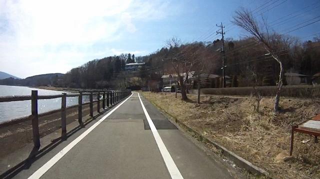 早戸川見神滝ツー76 (640x359)