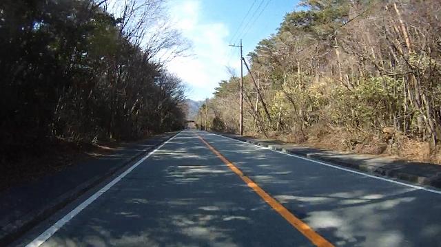 早戸川見神滝ツー85 (640x359)