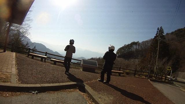 早戸川見神滝ツー89 (640x360)