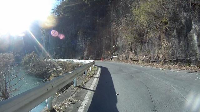 早戸川見神滝ツー120 (640x360)