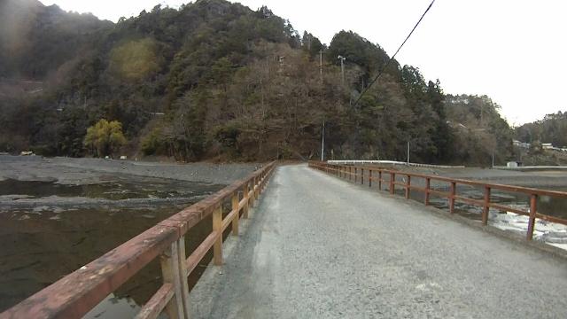 早戸川見神滝ツー128 (640x360)