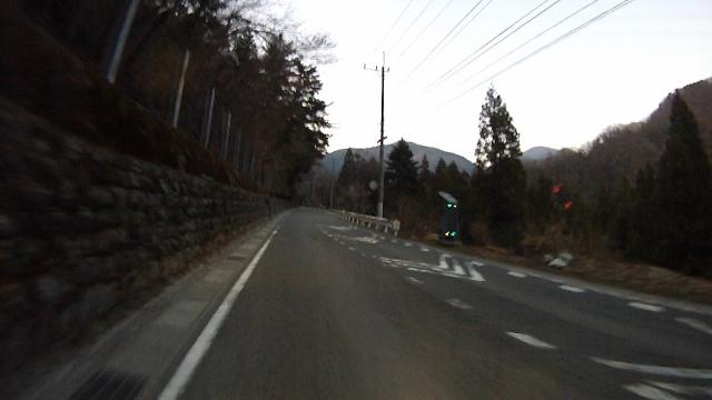 早戸川見神滝ツー141 (640x360)