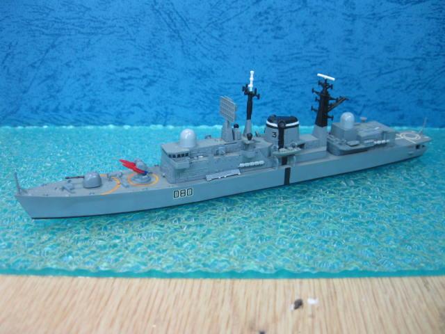 HMS SHEFFIELD の3