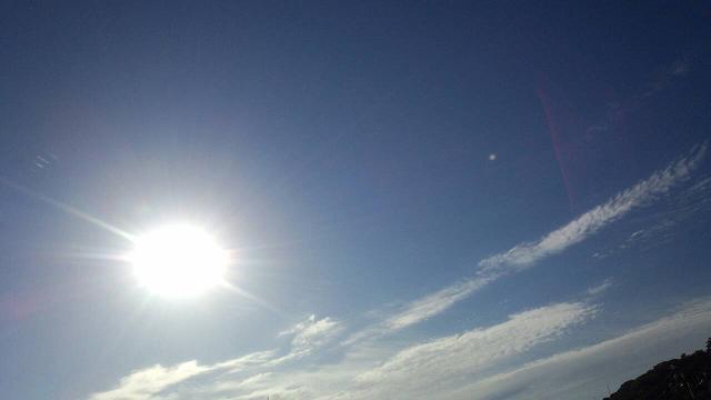 6月4日、満月(3日)の翌日の朝日1