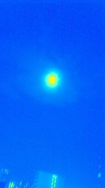 6月3日、雨上がりの美しい満月14