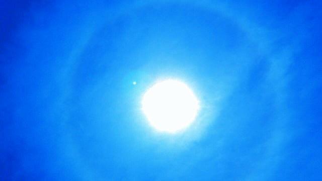 5月22日午後1時28分から1時間以上現れた天使の太陽リング1