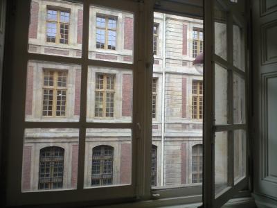 ヴェルサイユの窓から