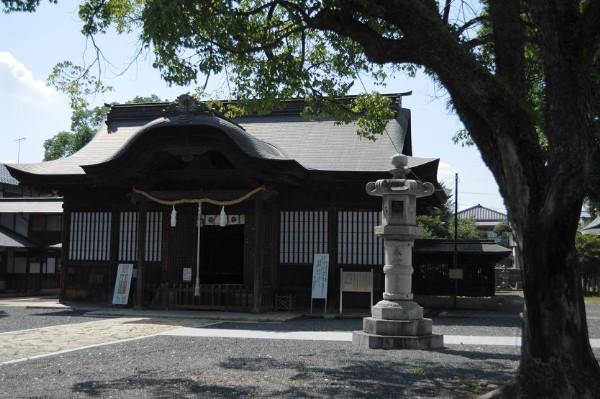 徳守神社(とくもりじんじゃ)は、岡山県津山市宮脇町にある神社