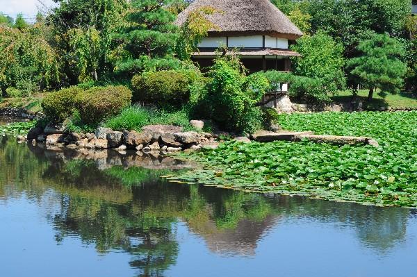 「旧津山藩別邸庭園(衆楽園)」として国の名勝に指定