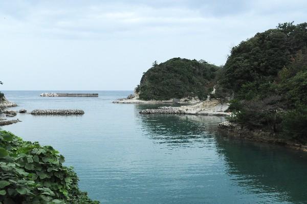 ゆのつ沖泊 銀の積み出しと石見銀山への物資補給で栄えた港