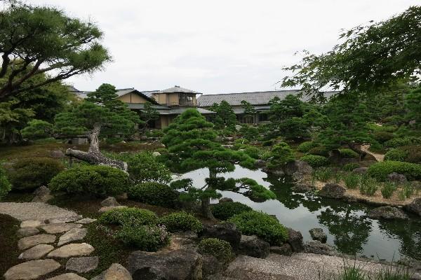 由志園  日本庭園 米子駅より車で約35分 境港駅より車で約20分