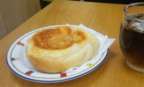 新町のパン屋さん3
