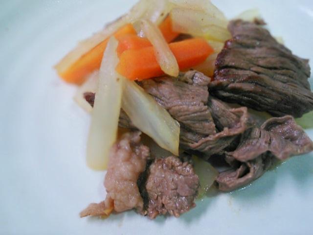 牛肉と白菜の芯の炒め物
